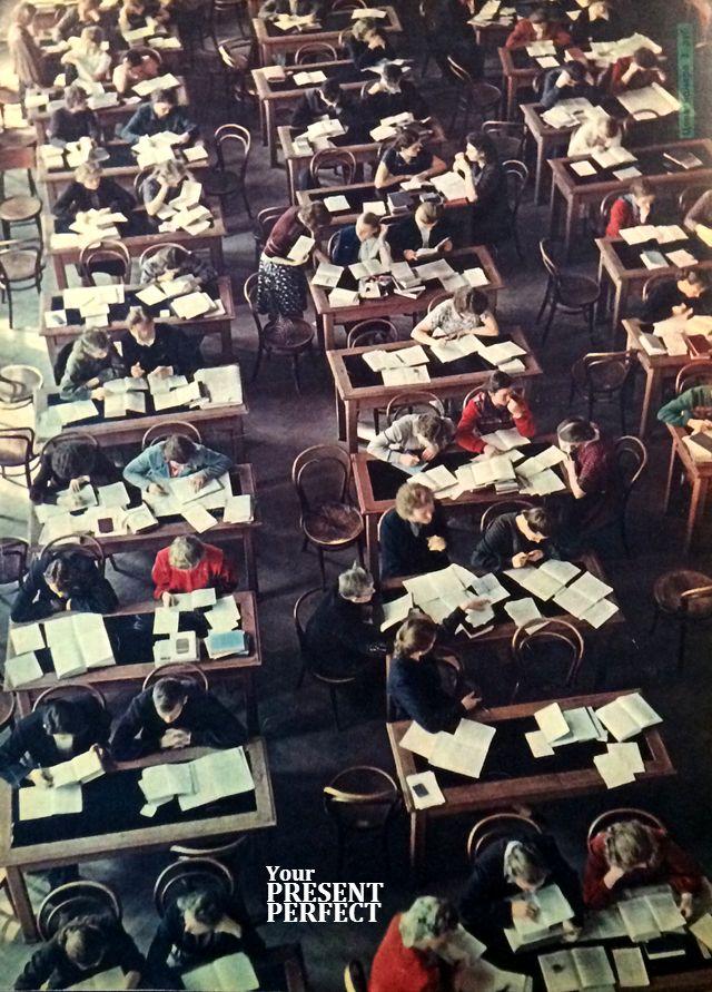 1956. В читальном зале научной библиотеки Томского университета.